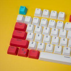 OEM Red Tide Keycaps 104 key set close